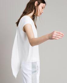 T-shirt en crêpe avec découpe Blanc Femme 191LL23CC-04