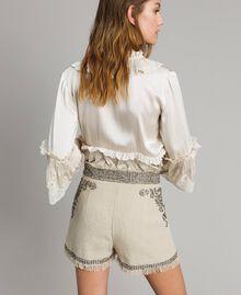 """Short en lin orné de perles et de sequins Beige """"Sable"""" Femme 191TT2064-04"""
