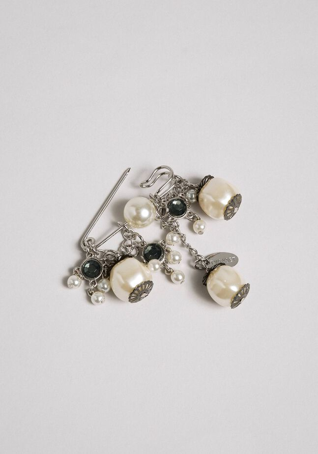 Brooch with pendant pearls and bezels