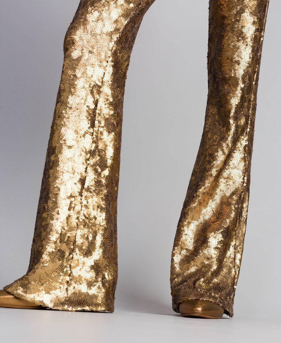 Hose mit Allover-Pailletten Gold Gelb Frau QA8TEF-06