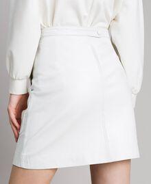 Minirock aus Leder Weiß Frau 191TP2163-04