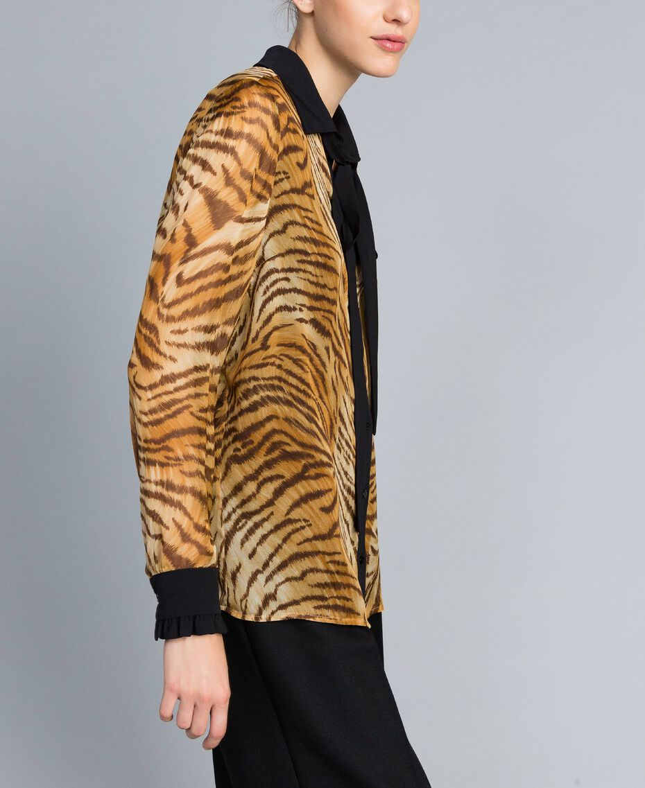 "Hemd aus Seidenchiffon mit Print Print ""Tiger"" Frau TA8252-02"
