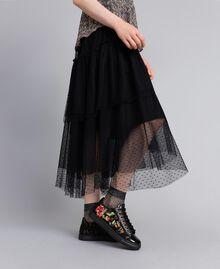 Sneakers aus Spitze und Leder mit Stickerei Schwarz Frau CA8PBN-0S