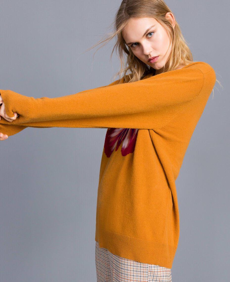 Maxi pull en laine mélangée avec broderie Broderie Ocre Foncé Aiguilletée Femme TA83JG-02