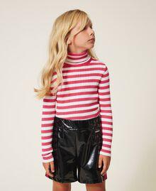 Shorts in Lackoptik Zweifarbig Schwarz / Pink Gloss Kind 202GJ213B-02