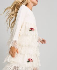 Chantilly lace dress with embroidered roses Pale Cream Child 192GJ2670-04