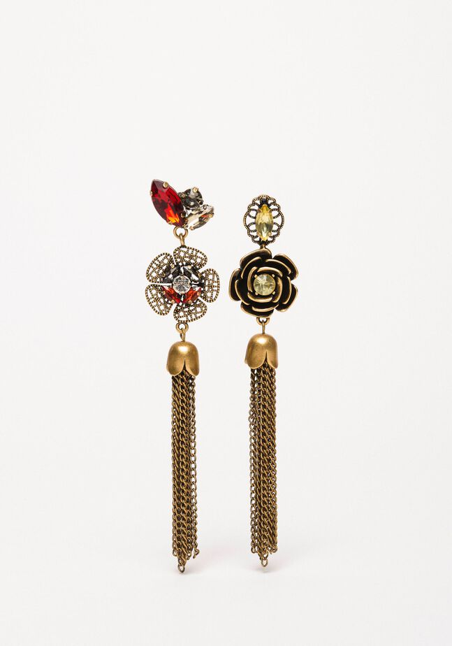 Earrings with flowers and tassels