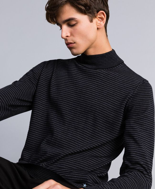 Pull col montant in laine rayée Bicolore Gris Anthracite Chiné / Noir Homme UA83AC-01