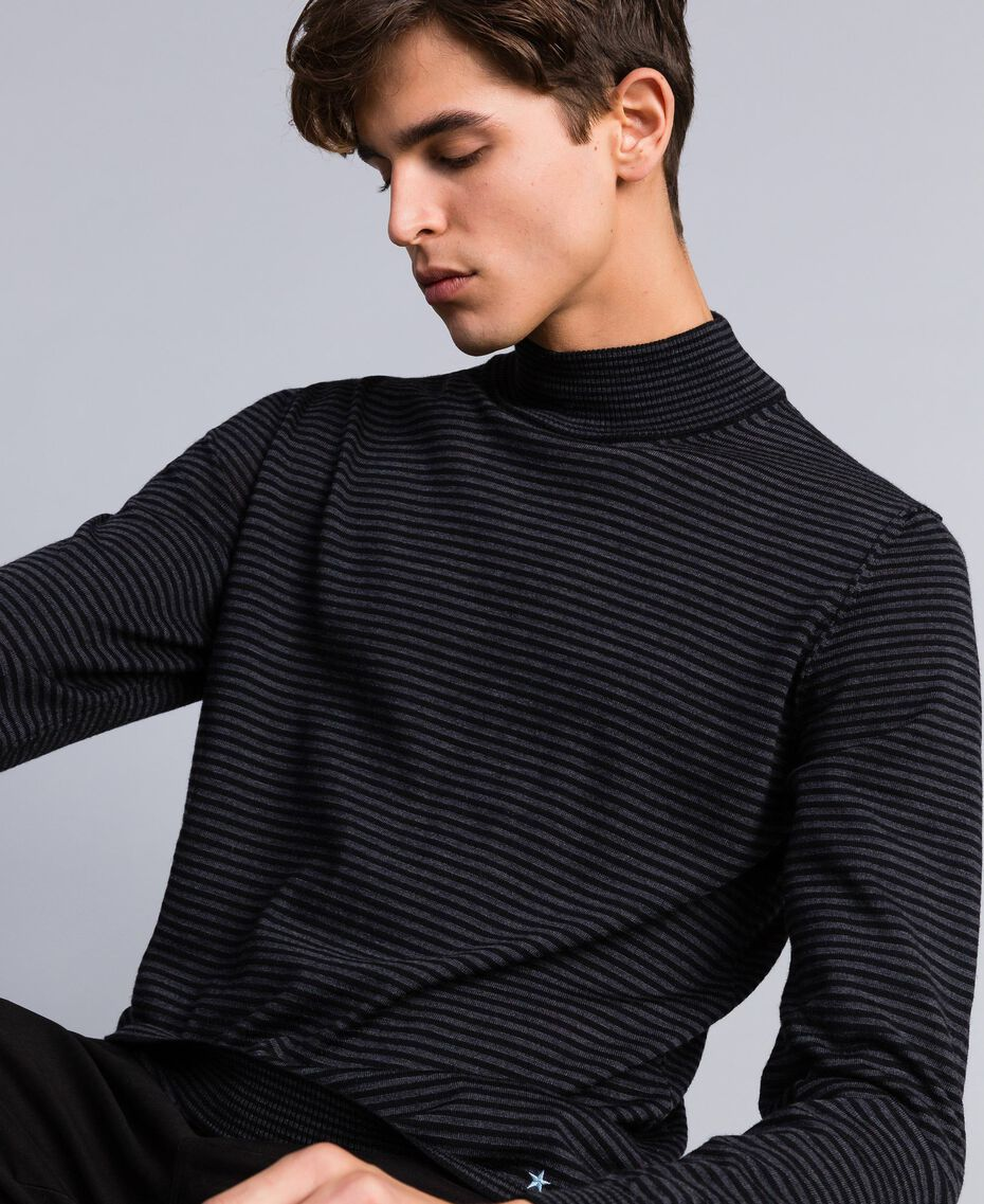 Lupetto in lana a righe Bicolor Grigio Antracite Melange / Nero Uomo UA83AC-01