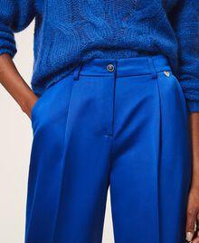 Hose aus Duchesse Dunkles Kornblumenblau Frau 202TP2457-04