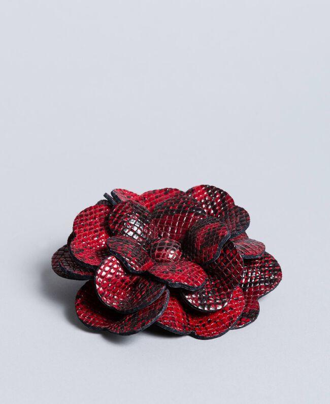 Flower brooch in animal print leather Burgundy Snake Print Woman AA8P7D-01