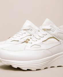 Sneakers aus Lederimitat und Gestrick Elfenbein Frau 201LLPZBB-04