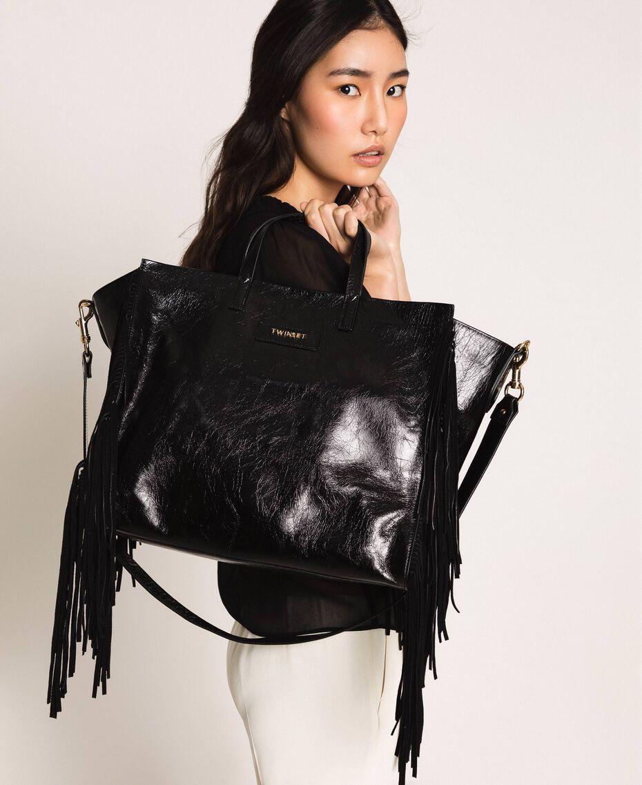 Большая кожаная сумка-шоппер с бахромой Бежевый Нуга женщина 201TO8140-0S