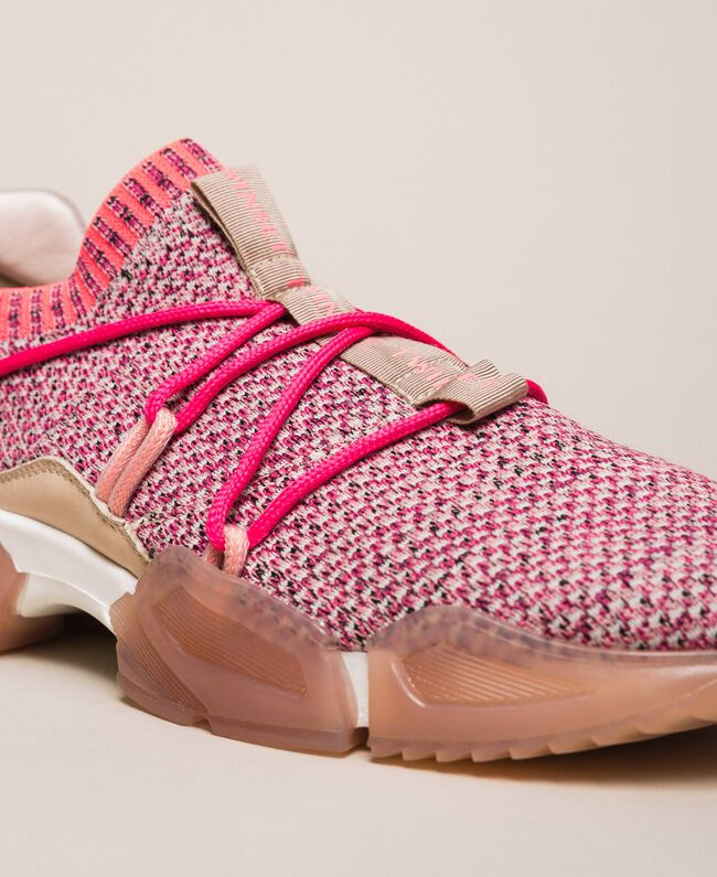Fabric running shoes with fluorescent finishes Two-tone Pink / Fluo Fuchsia Woman 201TCP154-03