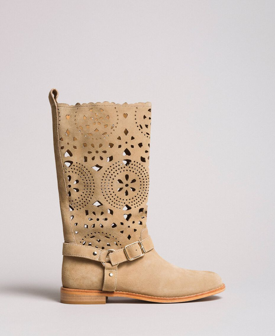Embroidered suede boots Nougat Beige Woman 191TCP118-02