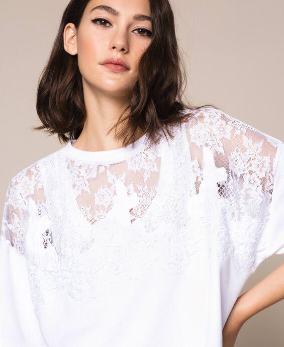Plush dress with lace