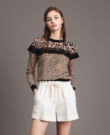 Pullover mit Animal-Print und Spitze Motiv Verschiedene Tiere Frau 191TP3413-02