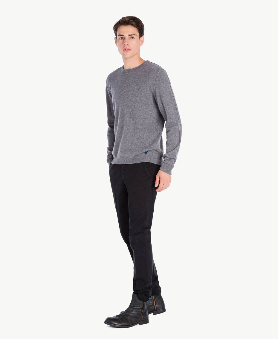 Pantalon chino Noir UA72CA-02