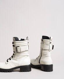 Schnürstiefel aus Leder mit Knöchelriemen Weiß Schnee Frau 191TCP230-04