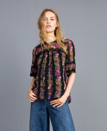 Floral print georgette blouse Flower and Black Stripe Print Woman TA82X4-01
