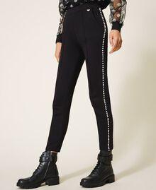 Pantalón con bordado de cuentas Negro Mujer 202TT2T52-03