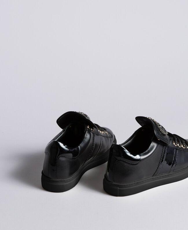 Baskets en cuir avec patch cœur Noir Femme CA8PB1-03