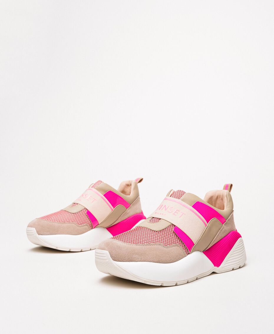 """Running shoes with logo Two-tone """"Blossom"""" Pink / Fluo Fuchsia Woman 201TCP152-03"""