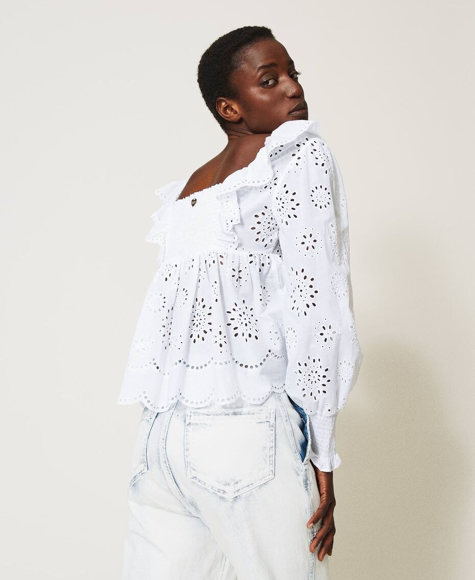 Muslin blouse with broderie anglaise embroidery White Woman 211TT2592-03