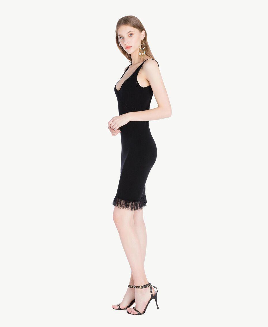 Kleid aus Viskose Schwarz Frau TS832Q-02