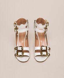 Sandalette aus Leder mit Krokoprägung Print Kroko Schneeweiß Frau 201TCP05E-04
