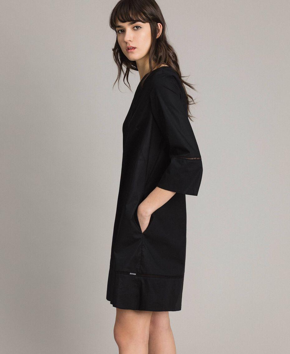 Robe en popeline avec broderie Noir Femme 191TT2242-02
