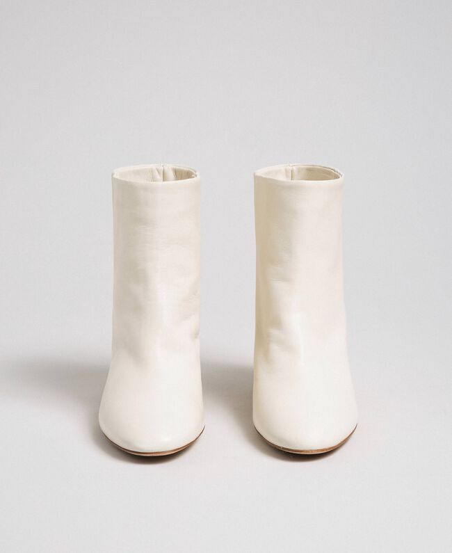 Leather ankle boots Off White Woman 192TCP102-05
