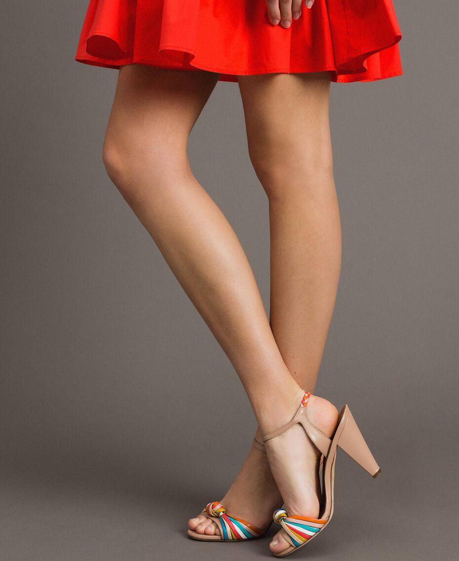 Zweifarbige Leder-Sandalen Nudebeige Frau 191TCT018-0S