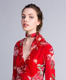 "Foulard aus Seide mit Blumenprint Print ""Red Garden"" Frau AA8P14-0S"