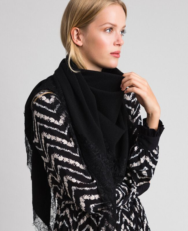 Wool blend and cashmere kefiah with lace Black Woman 192TA4407-0S