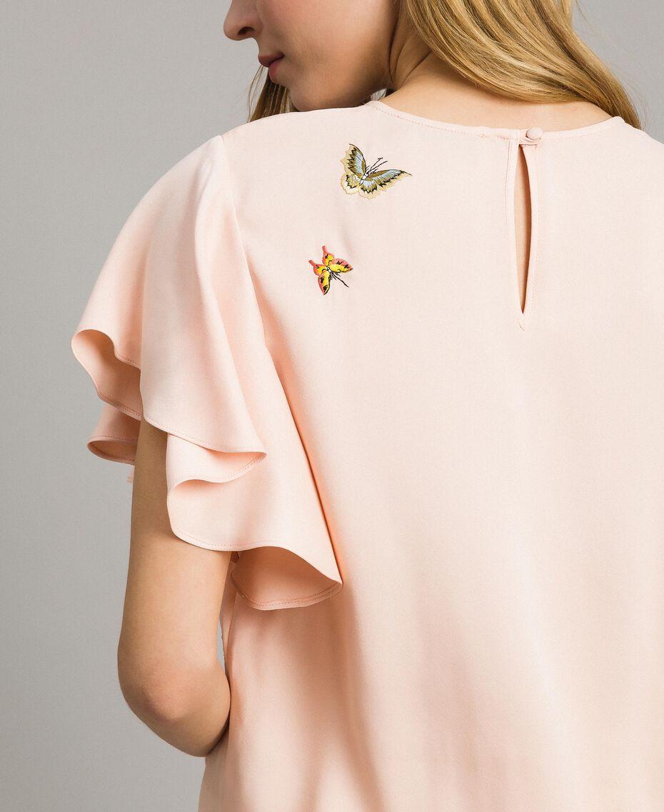 """Blouse en satin avec broderie papillons Rose """"Sable Rose"""" Femme 191TT2115-05"""
