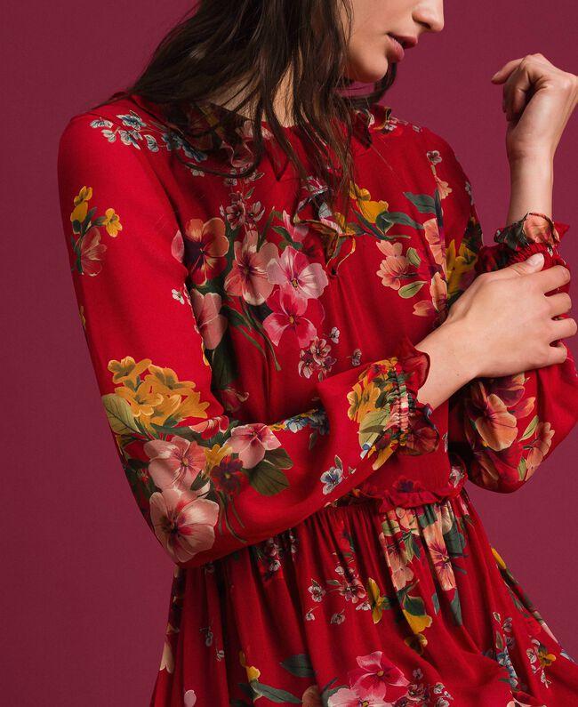 Maxikleid aus Georgette mit Blumenprint Feldblumenprint Granatapfel Frau 192TP2753-04