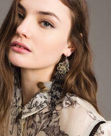 Ohrringe mit Blumen- und Perlenfransen Schwarz Frau 191TO534K-0S
