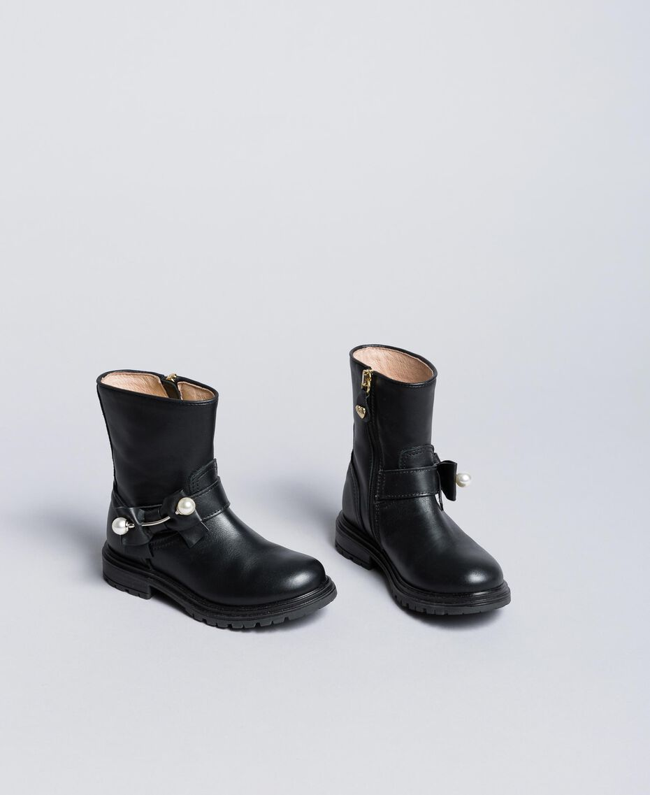 Leather ankle boots with pearls Black Child HA86AC-02