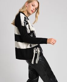"Two-tone jumper with fringes and embroideries Bicolour ""Snow"" White / Black Woman 192TT3371-02"