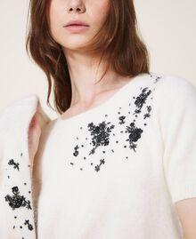 Gilet et pull avec broderie florale Blanc Crème Femme 202TP3360-06
