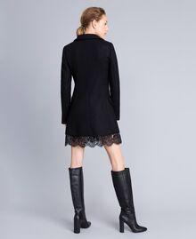 Manteau en drap avec dentelle dans le bas Noir Femme PA826S-04