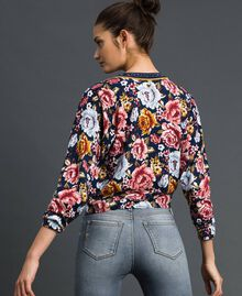 Maglia cropped con stampa e scollo in lurex Stampa Flow / Graffiti Blu Donna 192MP3231-02