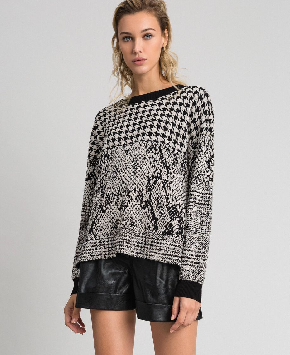 Houndstooth and animal print jacquard jumper Black Jacquard / Platinum Woman 192TT3292-02