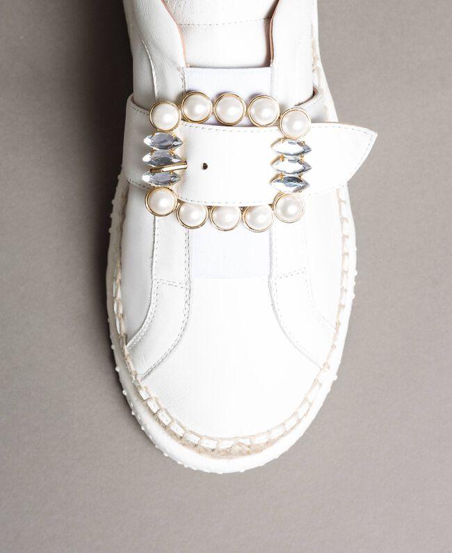 Leder-Sneakers mit Schnalle Weiß Frau 191TCT05C-03