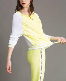 """Pull avec imprimé effet dentelle Bicolore Blanc Optique / Jaune """"Jus de Citron"""" Femme 191LL36BB-04"""