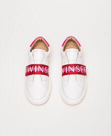 Baskets en cuir avec bande siglée Multicolore Blanc Opaque / Rouge «Géranium» / Rose «Jazz» Femme 201TCT064-05