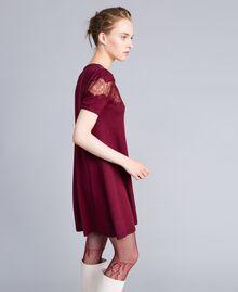 Robe en laine mélangée avec incrustations en dentelle Bordeaux Femme PA83AA-02