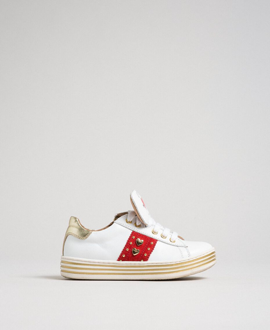 Sneakers in pelle con cuori e borchie Bianco Bambina 192GCJ012-01
