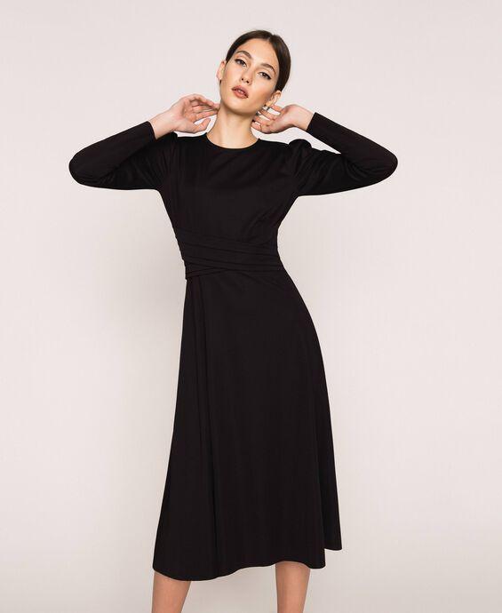 Stretch dress with belt